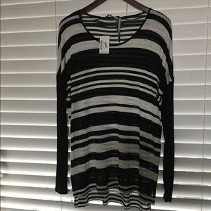 Kensie black combo long sleeves blouse